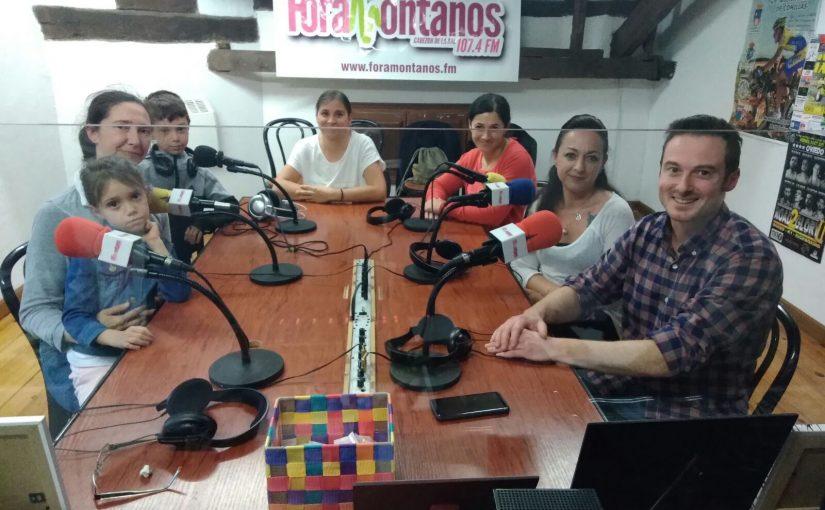 Último programa del PAIF con Miguel Ángel Fonfría y varias de las madres que han participado en el programa en Comillas y Cóbreces.