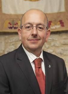 Dionisio Luguera , sobre la paralización de las obras del puerto , por el tribunal superior de Cantabria
